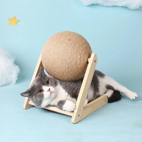 CAT SCRATCHING BALL FURNITURE