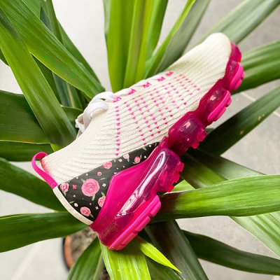 Floral Pattern Flying Knit Sneakers