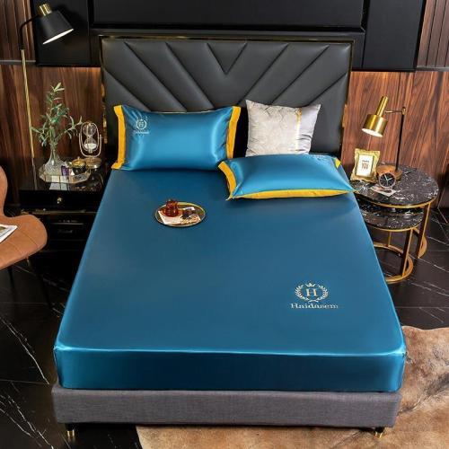 A Great Night Sleep-Silk bed sheet