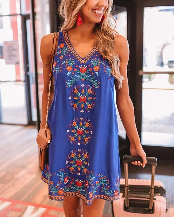 Tribal Print V Neck Sleeveless Casual Dress