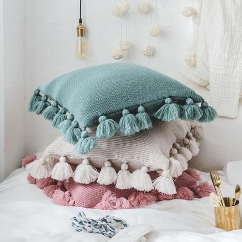 Tassels Knitted Throw Pillow case with Pompoms Tassels Suitable for Home Office Car Sofa