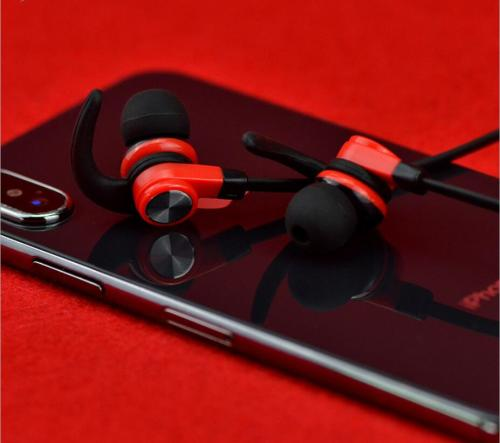 A7 Bluetooth Headphones Neckband Long Battery Life Wireless Earphone with Biult-in Microphone,Wireless Sports in-Ear Earbud.