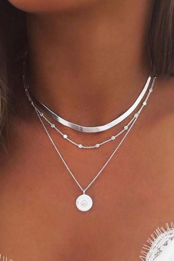 Bomshe Hollow-out Silver Necklace