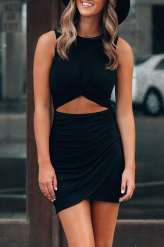 Roselypink Hollow-out Black Mini Dress(Without Belt)