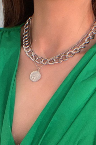 Dokifans Hollow-out Silver Necklace