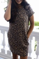Dokifans Backless Leopard Print Mini Dress