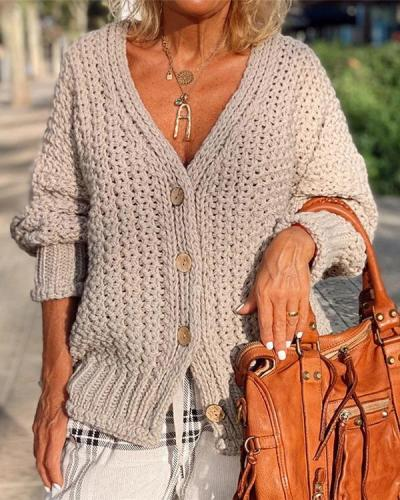Solid Color Casual Buttoned Cardigan