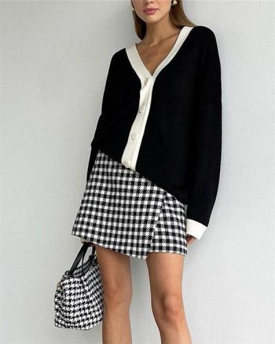 Single-breasted V-neck Loose Sweater Coat