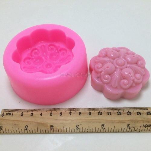 Round Flower BN021