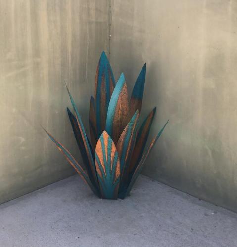 Blue Tequila,Rustic,Sculpture,l Art,Garden Art