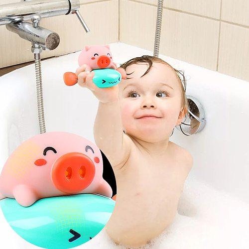 Kids Wind-up Swimming Piglet Baby Bath Toy Bathtub Bathromm Clockwork Dabbling Toy Floating Water Spraying Toy For Children Gift