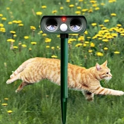 Solar Power Ultrasonic Animal Pest Repeller Infrared Sensor Waterproof Animal Deterrent