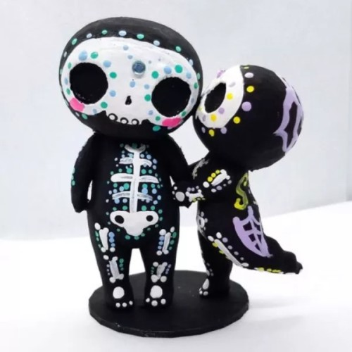 Sugar Skull Couple Figurine