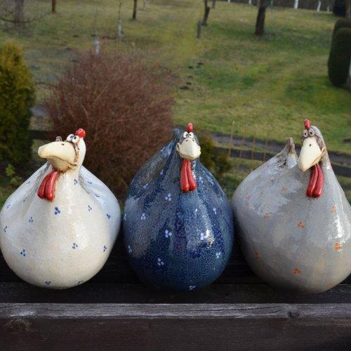 Sercurity Chicken On The Fence Handmade Garden Decoration