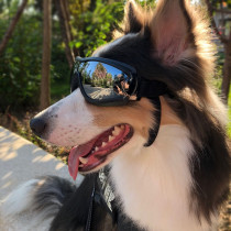 Dog Sunglasses Dog Goggles, UV Protection Windproof  Pet Glasses Protection with Adjustable Strap Swimming Glasses for Medium Large Dog