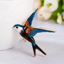 Vintage Swallow Enamel Pins Brooches For Women Bird Animal Pendant Brooch Jewelry Base Badges On Backpack Coat Dress Decoration