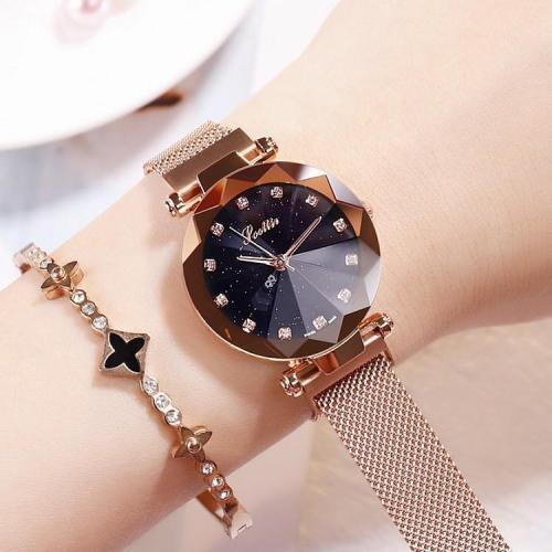 Round Dial With Diamond Scale Women's Watch