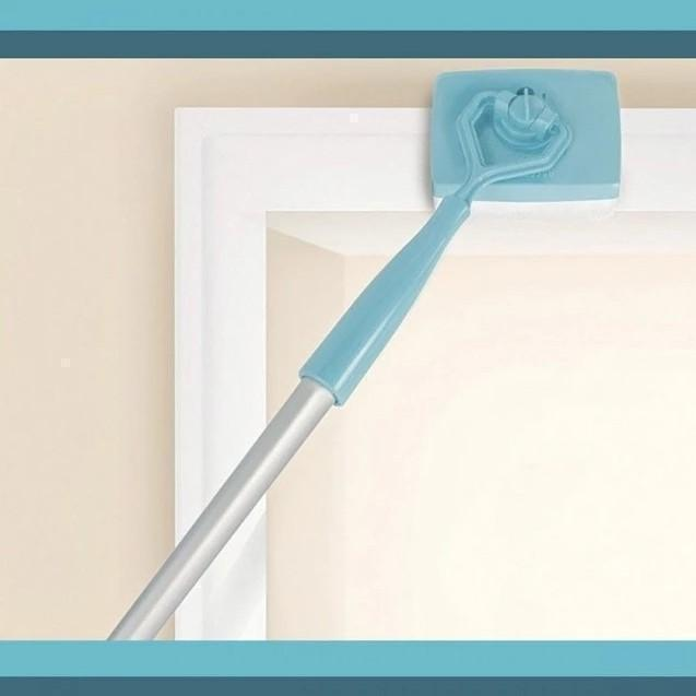Extendable Baseboard Duster