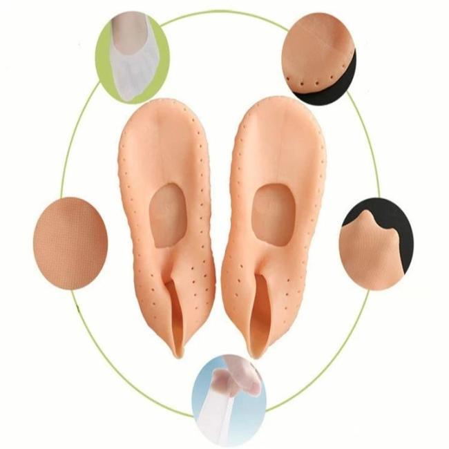 Anti-dry and anti-cracking foot socks