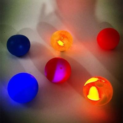 AstroBubbles: Glow-In-The-Dark Edition