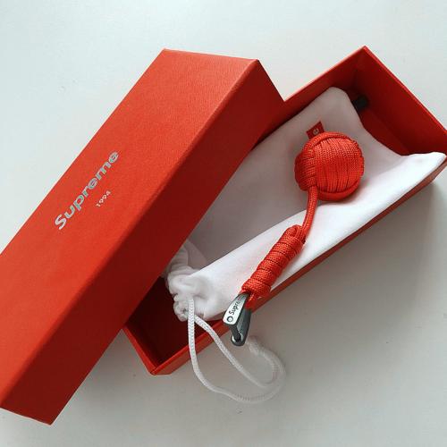 Supxxx Knit Keychain Red