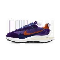 Nike Vaporwaffle sacai Dark Iris