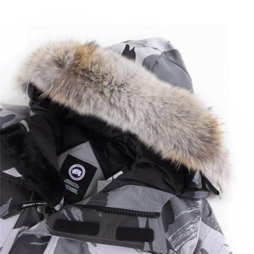 08 CANADA GOOXX Expedition Parka Black White Camouflage
