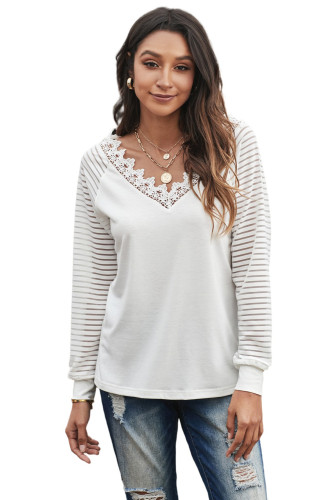 White Deep V-neck Lace Stripe Long Sleeve Top LC2514138-1