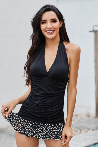 Halter Deep V Neck Sleeveless Open Back Ruched Splicing Tankini LC413360-2