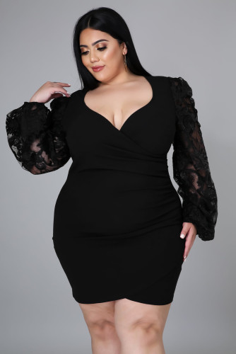 Black Surplice Neckline Floral Puff Sleeves Plus Size Dress LC615427-2
