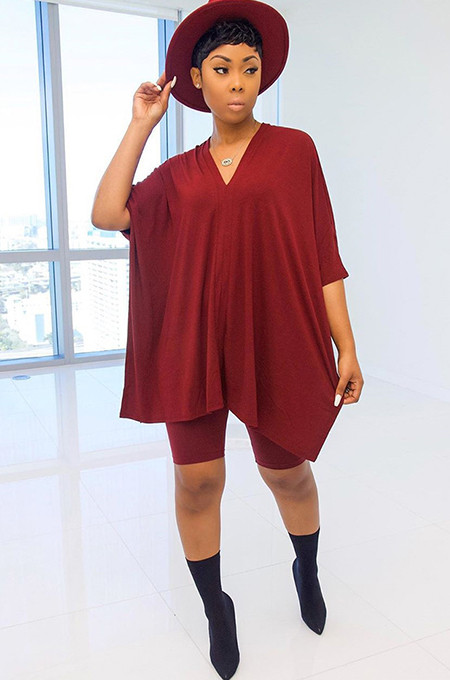 Red Solid Color Three-Quater Sleeve Loose Pleated Hem T-Shirt GL6235