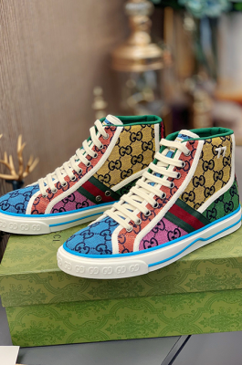 Unisex High Quality High-top Sneaker