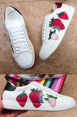 Women's Ace Sneaker with Berry