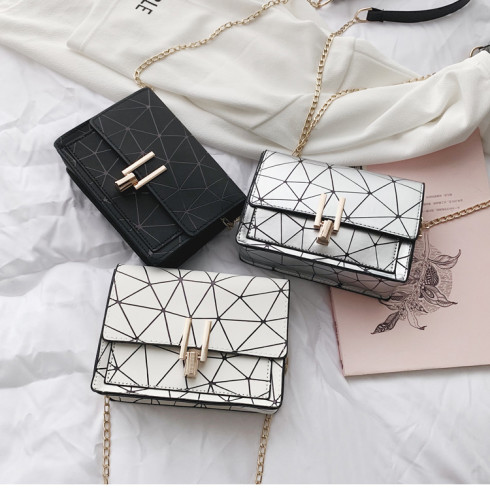 Chain Pack Fashion Y-Lock Crack Square Pack MC3368