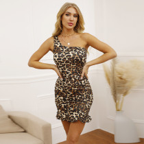 Autumn and winter one-shoulder sleeveless dress European and American sexy slim-fit hip skirt fishtail skirt ZY1631