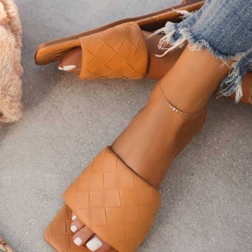 Womens shoes summer casual square toe solid color one-line low-heel set foot sandals and slippers female plus size HWJ408
