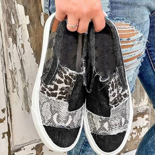 Large size Womens shoes snakeskin stitching polyurethane flat canvas shoes women HWJ294