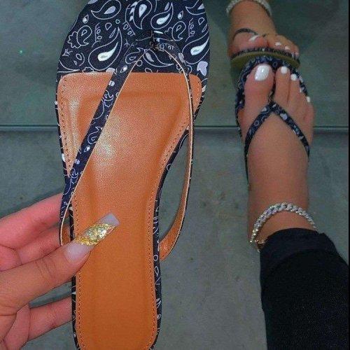 Large size soft bottom color flip flops female hot style beach sandals LP453