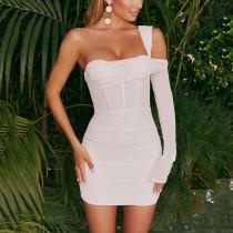 New style dress fashion hot girl one-shoulder sleeve design halter short skirt women FD9148