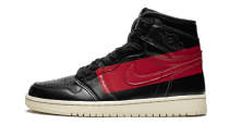 Air Jordan 1 Retro High OG Defiant Couture