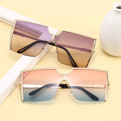 Women Tinted Oversized Square Shades Sunglasses