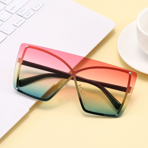 Trendy Oversized Women UV400 Shades Sunglasses