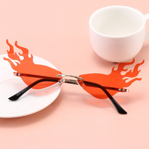 Ladies Women Tinted Fire Flames Design Sunglasses