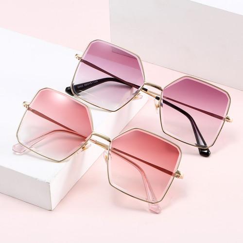 Designer Diamond Cut UV400 Women Shades Sunglasses