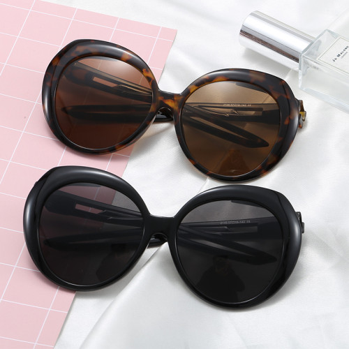 UV400 Plastic Round Women Sporty Butterfly Sunglasses