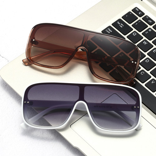 Ready Stocked Flat Top One Piece Lens Oversized Shield Sunglasses