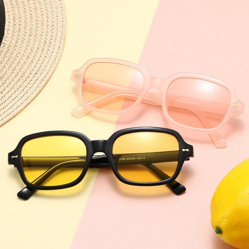 90s Vintage Look Unisex Retro Sunglasses