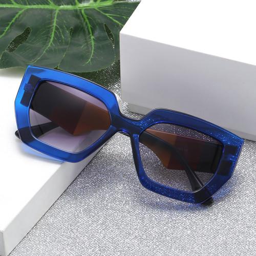 Plastic 2020 Women Sunglasses lentes de sol