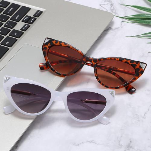 New Brand Designer Sun glasses Sexy Gem Pointed Cat Eye Sunglasses