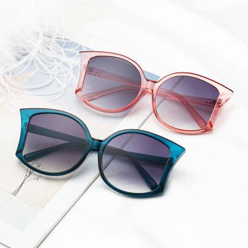 Special Cateye Style Sun glasses PC Frame Women Fashion Sunglasses